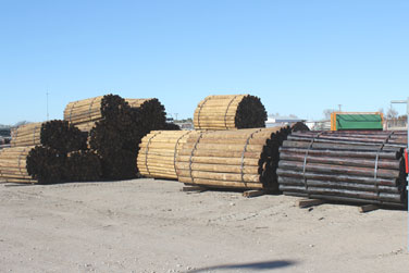 Wood Posts - 6 1/2 ft and 8 ft, Pipe